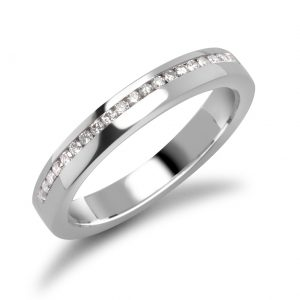 luica-apicella-ring