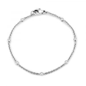 Spec set diamond chain bracelet
